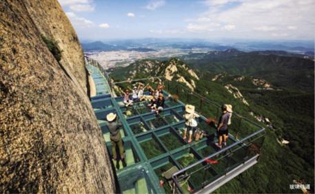 特诱人 打造旅游目的地   凤凰山风景区在延续传统品牌建设的基础