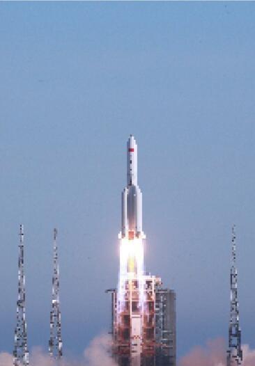 """我国载人航天工程""""第三步""""任务正式拉开序幕长征五号B运载火箭首飞成功"""